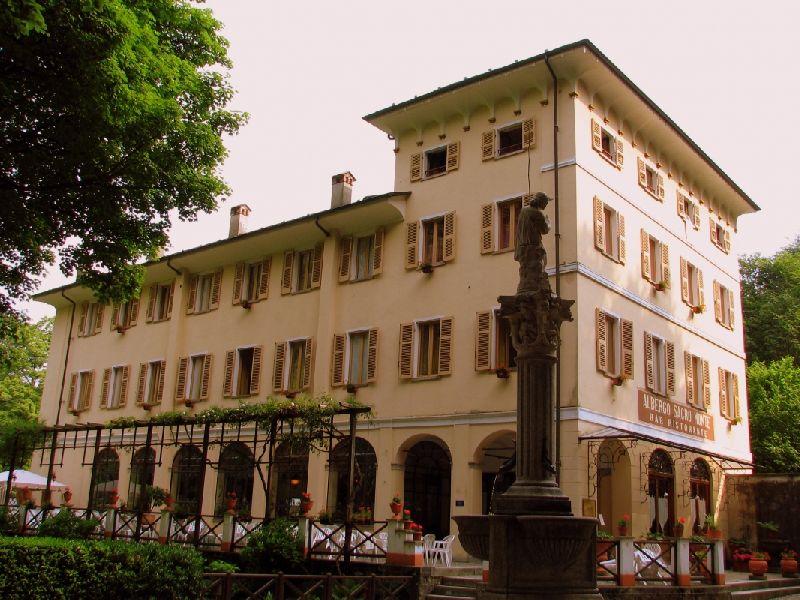 vecchio-albergo-sacro-monte_01