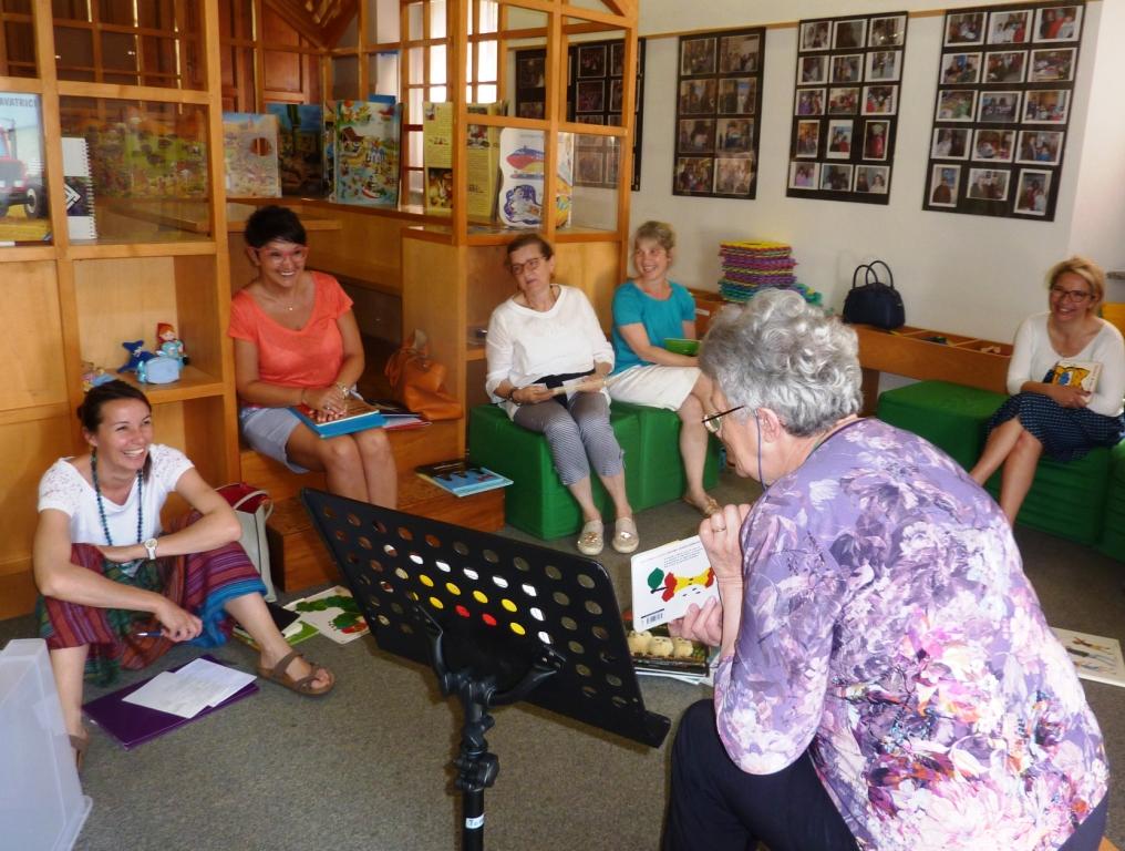 NATI PER LEGGERE in Valsesia e Valsassera: CORSO PER VOLONTARI LETTORI IN BIBLIOTECA A VARALLO