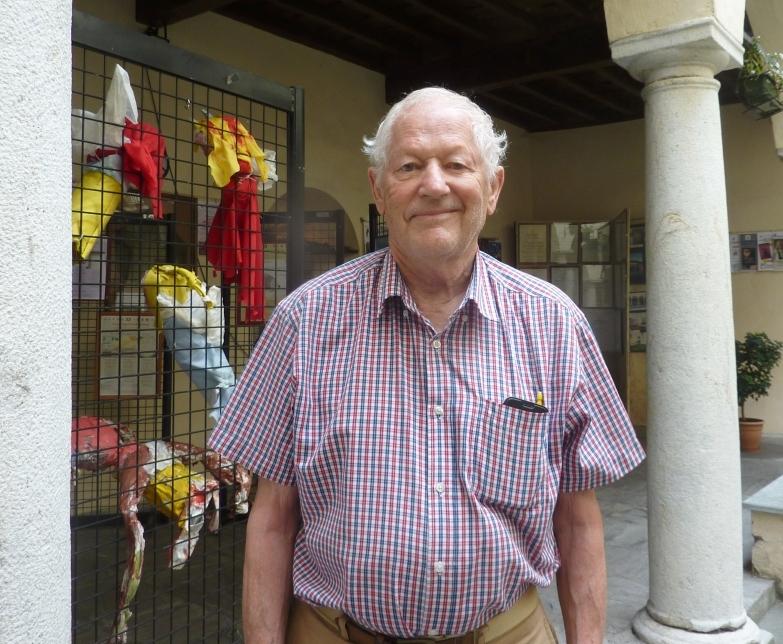 ROBERT MICHEL dona alla Biblioteca di Varallo un eccezionale Reportage Fotografico